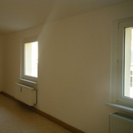 Rent this 2 bed apartment on Greizer Straße 82 in 07937 Zeulenroda-Triebes, Germany