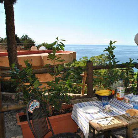 Rent this 3 bed house on via Baja delle Bambole in 04029 Sperlonga LT, Italy