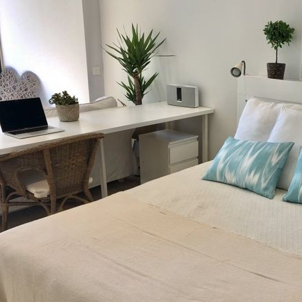 Rent this 10 bed room on Carrer de les Alberes in 08001 Barcelona, Spain