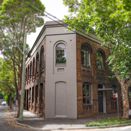 Rent this 1 bed apartment on 11/498 Bourke Street