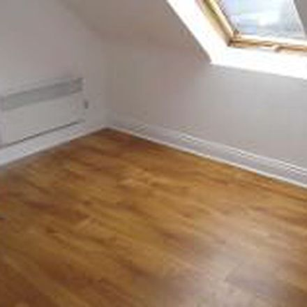 Rent this 1 bed apartment on Adrenalin Sports and Cycles in Lower Maiden Street, Newcastle Urban
