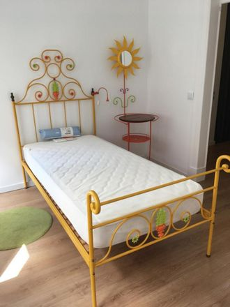 Rent this 3 bed room on Rua Capitão Renato Baptista in 1150-334 Lisbon, Portugal