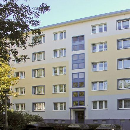 Rent this 3 bed apartment on Friedrich-Engels-Straße 7 in 08523 Plauen, Germany