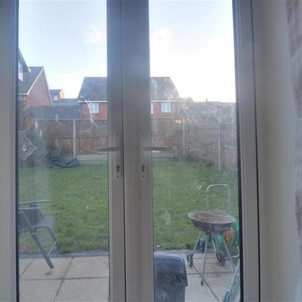Rent this 3 bed house on Ellisons Crescent in Ipswich IP4 2GG, United Kingdom
