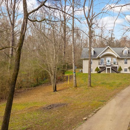 Rent this 5 bed house on 1017 Lullwater Road in Chattanooga, TN 37405