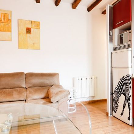Rent this 1 bed apartment on Calle de la Sombrerería in 18, 28001 Madrid