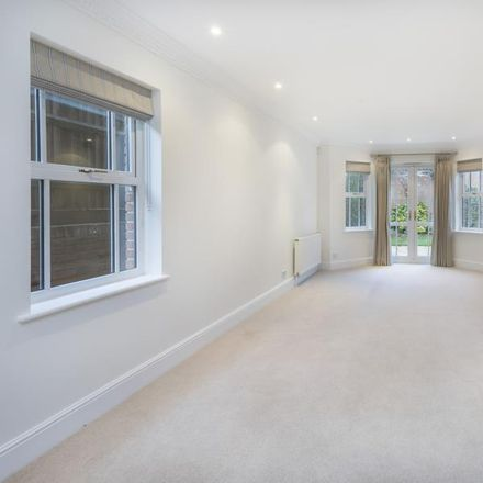 Rent this 5 bed house on Sandy Lane in Runnymede GU25 4TG, United Kingdom