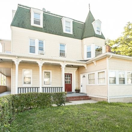 Rent this 3 bed apartment on Prospect St in Morristown, NJ