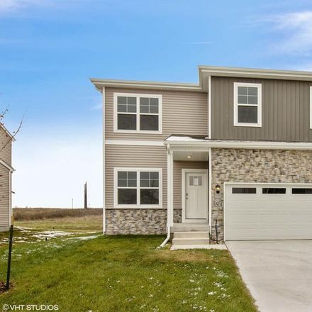 Rent this 3 bed house on 145th Street in Urbandale, IA 50323