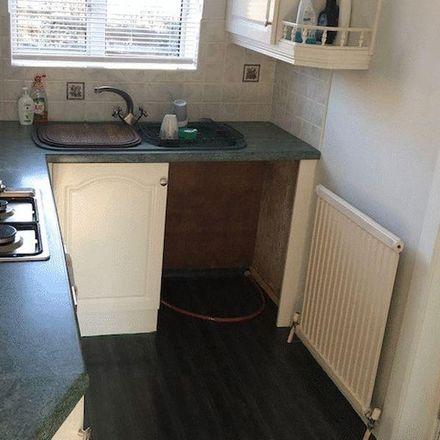 Rent this 4 bed house on Goldington Avenue in Kirklees HD3 3PU, United Kingdom
