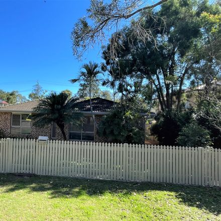 Rent this 3 bed house on 103a Thorn Street