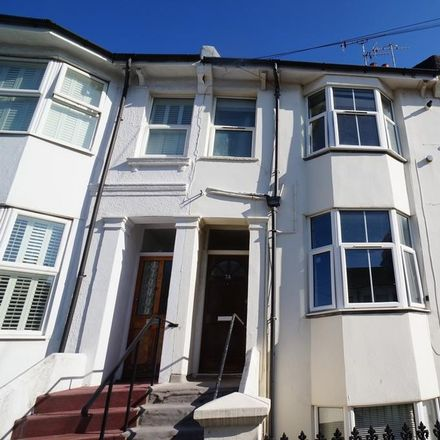 Rent this 3 bed apartment on Cowper Street in Hove BN3 5BN, United Kingdom