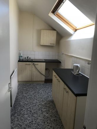 Rent this 2 bed apartment on Farren Road in Coventry CV2 5EP, United Kingdom