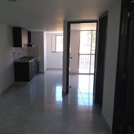 Rent this 2 bed apartment on San Diego centro comercial in Calle 33 # 42B - 06, Comuna 10 - La Candelaria