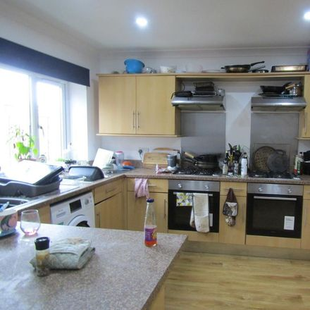 Rent this 9 bed apartment on 28 Alma Road in Southampton SO14 6UQ, United Kingdom