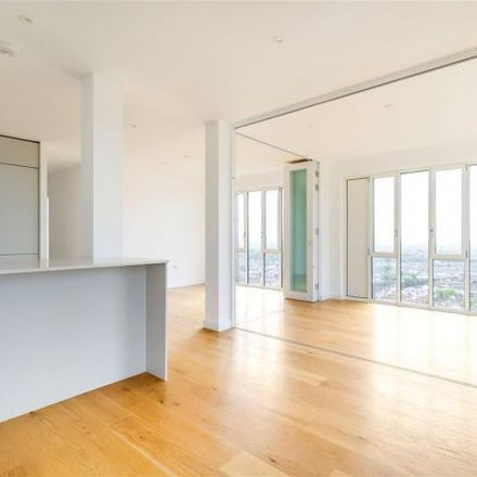 Rent this 2 bed apartment on 11 Mapleton Crescent in Mapleton Crescent, London SW18 4GY