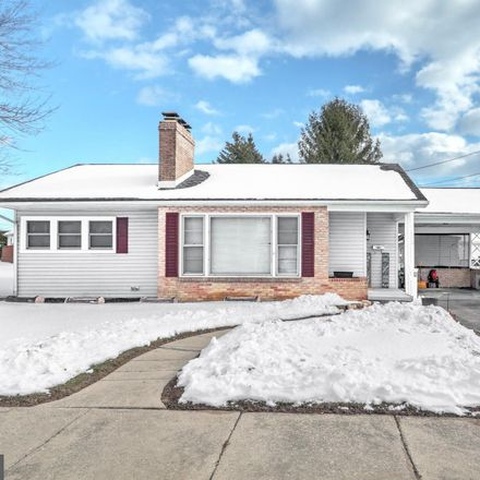 Rent this 3 bed house on 652 Delone Avenue in McSherrystown, PA 17344