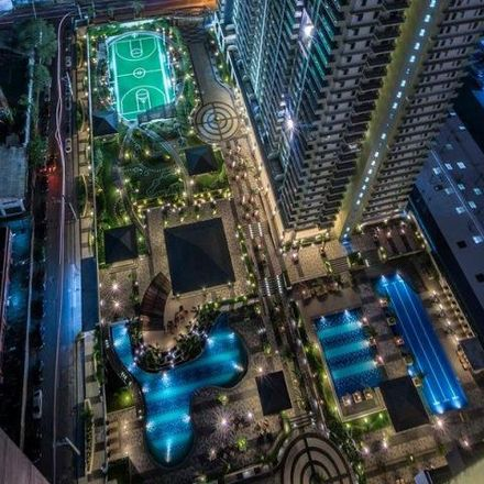 Rent this 3 bed condo on North Tower in Reliance Street, Buayang Bato