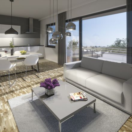 Rent this 3 bed apartment on Döbraer Straße 7 in 01189 Dresden, Germany