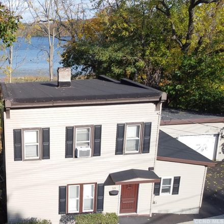 Rent this 4 bed house on 59 Mansion Street in Coxsackie, NY 12051