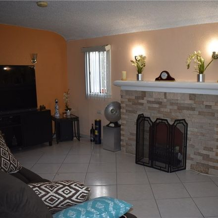 Rent this 3 bed house on 516 West 106th Street in Los Angeles, CA 90044