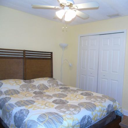 Rent this 2 bed condo on 4048 Oakview Dr in Port Charlotte, FL