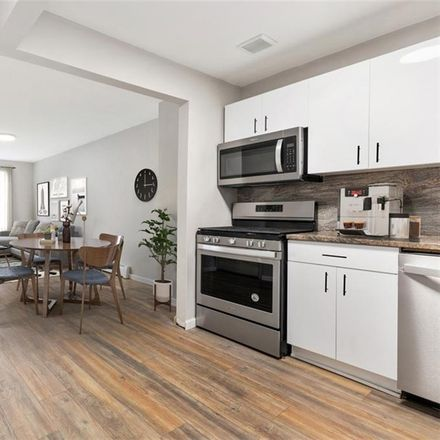 Rent this 3 bed condo on 1491 Prospect Place in New York, NY 11213