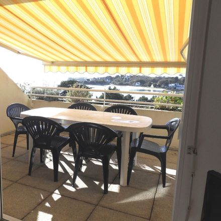 Rent this 2 bed apartment on Rue du Bas Pouldu in 56520 Guidel, France
