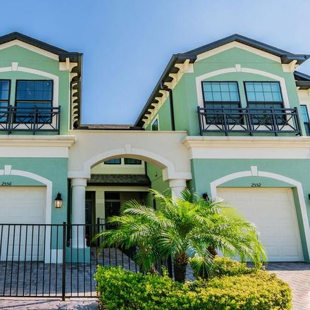 Rent this 3 bed townhouse on Zephyrhills