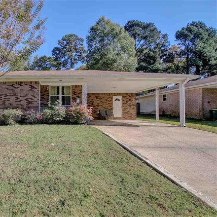 Rent this 3 bed house on 1221 N Bryan St in Little Rock, AR
