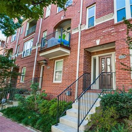 Rent this 2 bed condo on 2492 Worthington Street in Dallas, TX 75204
