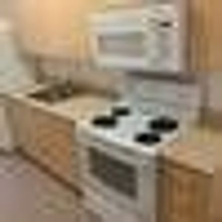 Rent this 1 bed apartment on World Trade Center in 6th Avenue, San Diego