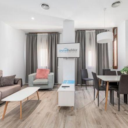 Rent this 3 bed apartment on Ibercaja in Carrer de Roger de Lauria, 46002 Valencia