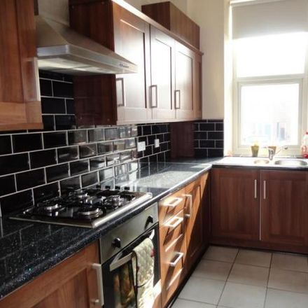 Rent this 3 bed house on Woodkirk LS27 0HP