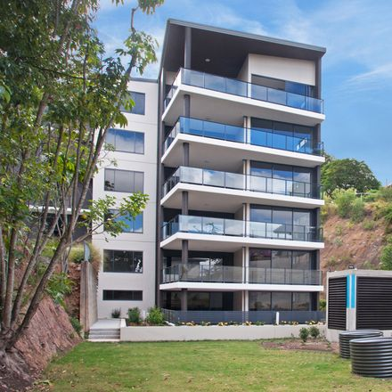 Rent this 1 bed apartment on 2314/35 Burdett Street