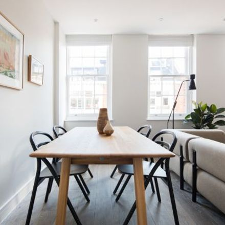 Rent this 3 bed apartment on New Loon Moon Supermarket in Gerrard Street, London W1D 5PD