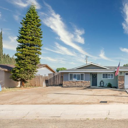Rent this 3 bed house on 4008 West Cherry Avenue in Visalia, CA 93277