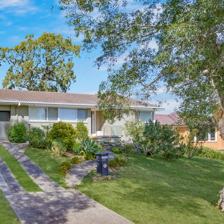 Rent this 4 bed house on 23 Bottlebrush Avenue