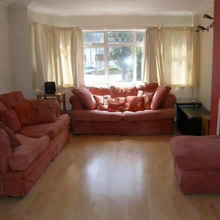 Rent this 3 bed house on Whitchurch Lane in London HA8 6QE, United Kingdom