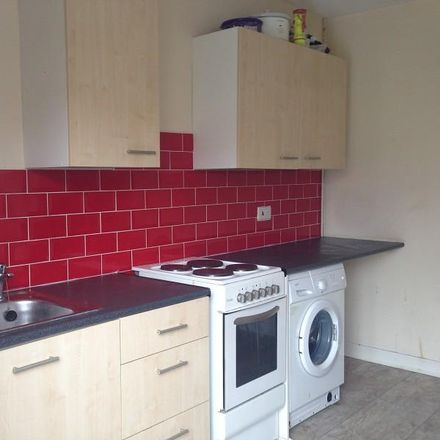 Rent this 2 bed apartment on Morriston Post Office in Woodfield Street, Morriston SA6 8AR