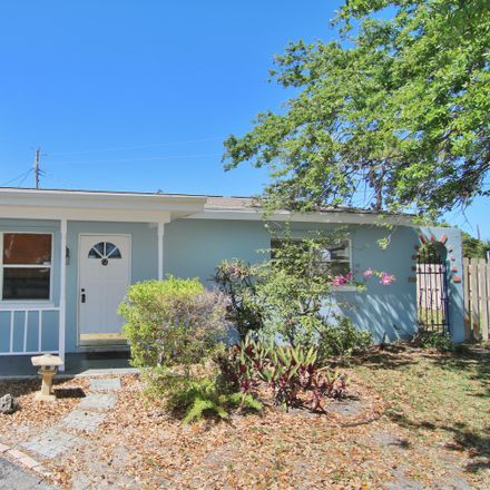 Rent this 3 bed house on 3111 Southeast 1st Street in Boynton Beach, FL 33435