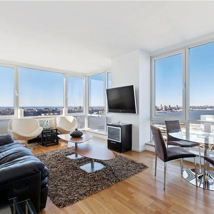 Rent this 4 bed apartment on 635 West 42nd Street in New York, NY 10036