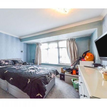 Rent this 3 bed house on Enfield Wash in The Loning, London EN3 5RG