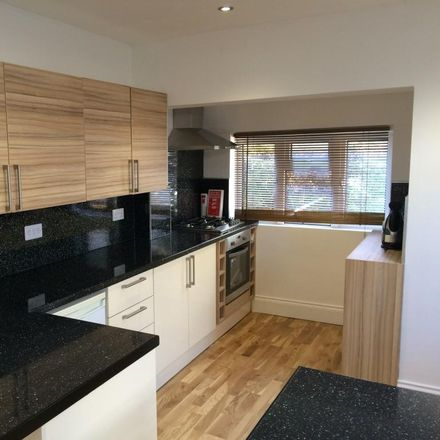 Rent this 6 bed house on Knighton Road in Plymouth PL4, United Kingdom