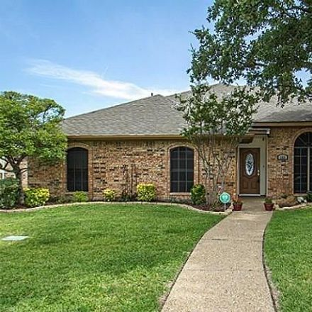 Rent this 4 bed house on 618 Stone Canyon Drive in Irving, TX 75063
