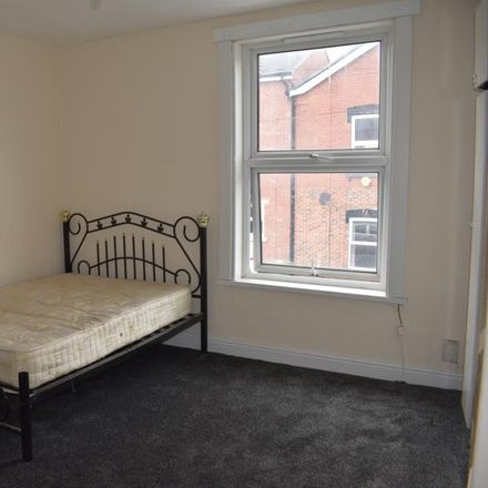 Rent this 1 bed house on Back Burley Lodge Road in Leeds LS6 1QP, United Kingdom