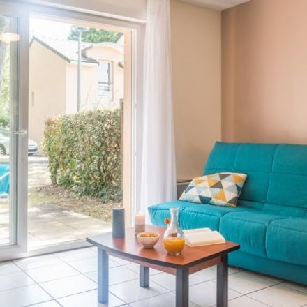 Rent this 2 bed apartment on 1 Rue des Citrines in 44300 Nantes, France
