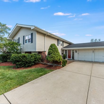 Rent this 5 bed house on Kensington Rd in Glen Ellyn, IL