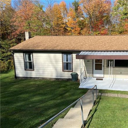 Rent this 3 bed house on Hill Top Rd in Evans City, PA