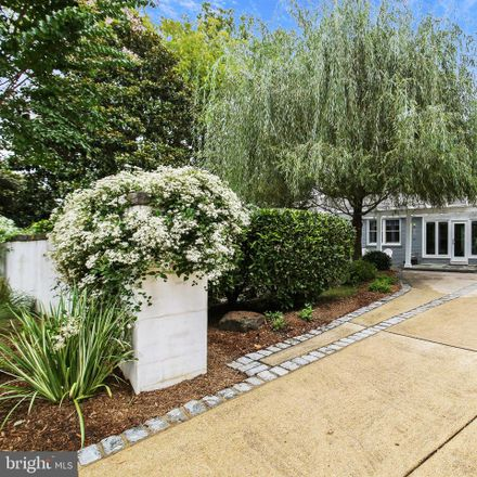 Rent this 5 bed house on 6 Spring Hill Court in Bethesda, MD 20815